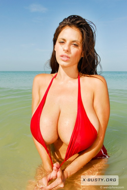 Wendy Fiore - Baywatch Babe